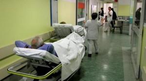 ospedale corsia barella