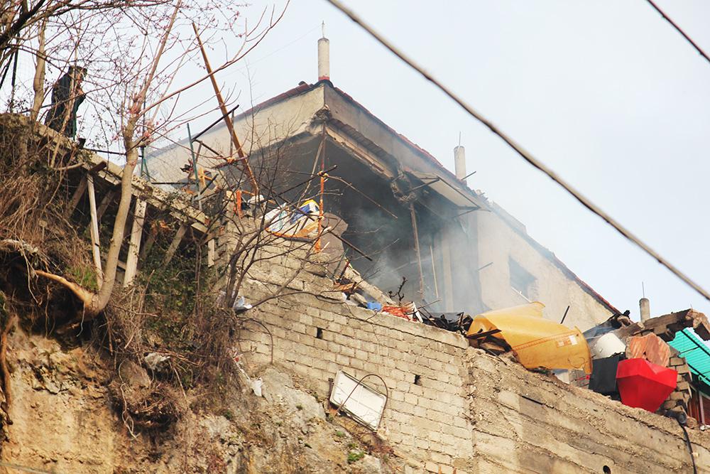 esplosione a Capistrello con una vittima fuga di gas (7)